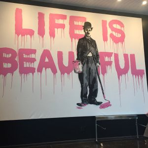 http://moderntimes-hotel.com/application/files/thumbnails/thumb_list_2x/6714/8974/8286/Life-is-beautiful.jpg