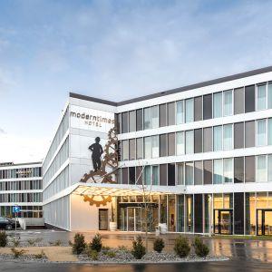 http://moderntimes-hotel.com/application/files/thumbnails/thumb_list_2x/7614/7462/1204/hotel6.jpg